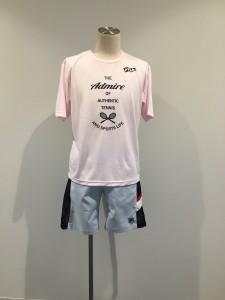 ミキくん フィラのTシャツにフィラのハーフパンツ 今年はピンクが流行ると聞いたので・・・(/ _ ; )