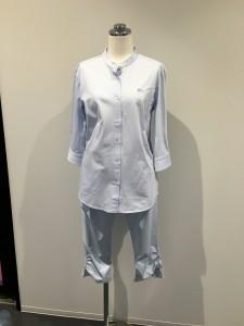ジェシカさん ラコステのシャツを着てカジュアルに・・・ 今年も流行るかもスポーツMIX 下はフィラの3\4パンツ